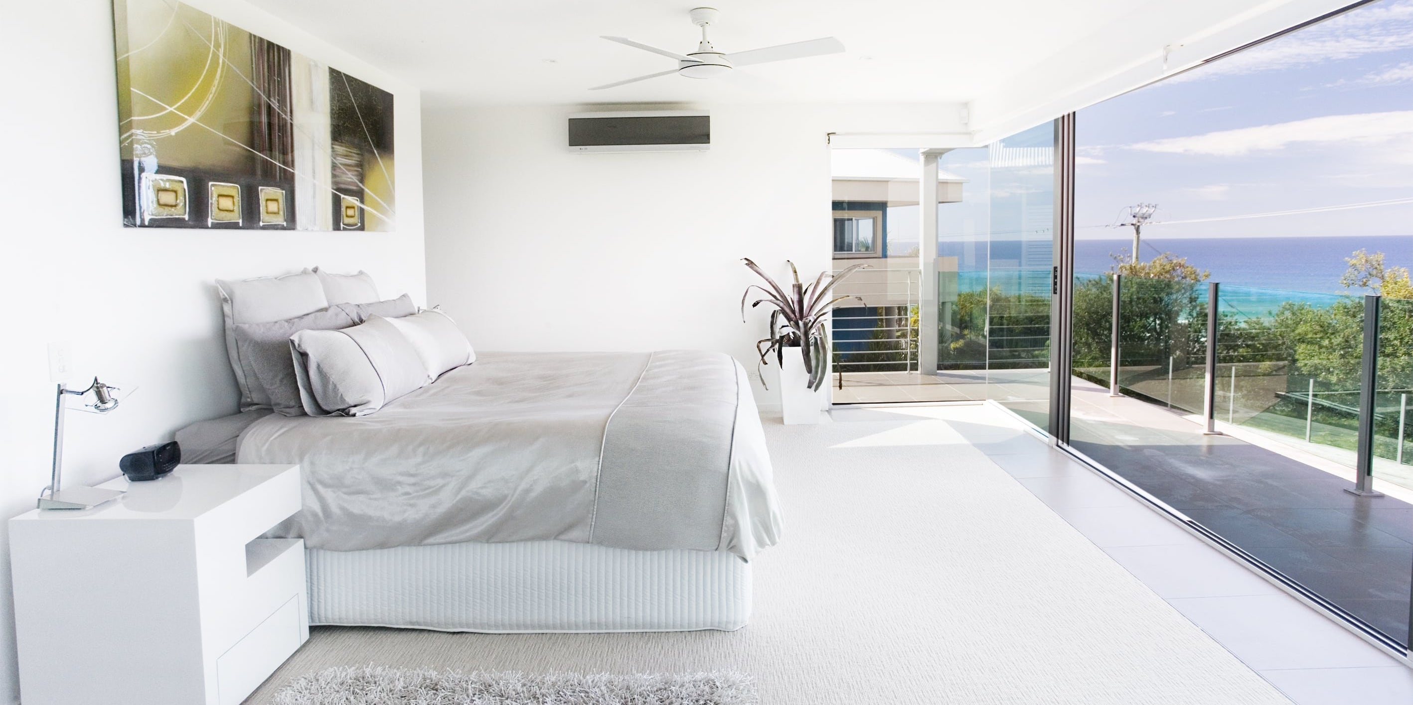 Projects by mdesign, a building design practice that operates on the Sunshine Coast.